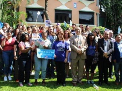 """<a href=""""/noticias/recibe-morelos-estudiantes-extranjeros-de-la-union-americana"""">Recibe Morelos a estudiantes extranjeros de la Unión Americana</a>"""