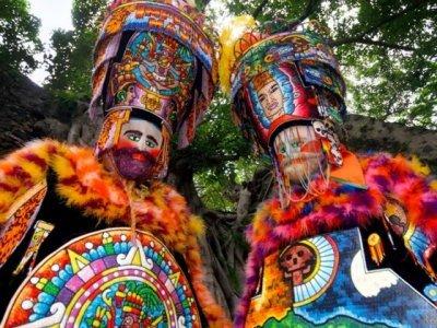 """<a href=""""/noticias/asistira-cuauhtemoc-blanco-al-inicio-del-tianguis-turistico-2019"""">Asistirá Cuauhtémoc Blanco al inicio del Tianguis Turístico 2019</a>"""