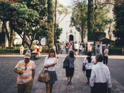 """<a href=""""/noticias/recibe-morelos-245-mil-turistas-y-250-mil-visitantes-y-excursionistas-en-semana-santa-y"""">Recibe Morelos 245 mil turistas y 250 mil visitantes y excursionistas en Semana Santa y Pasc...</a>"""