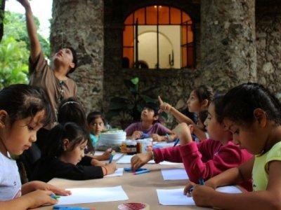 """<a href=""""/noticias/acerca-styc-la-cultura-y-el-arte-ninos-de-cuernavaca"""">Acerca STyC la cultura y el arte a niños de Cuernavaca</a>"""