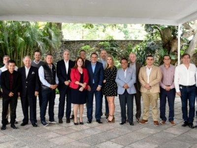 """<a href=""""/noticias/ratifica-cuauhtemoc-blanco-compromiso-con-el-sector-turistico"""">Ratifica Cuauhtémoc Blanco compromiso con el sector turístico</a>"""