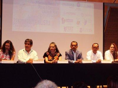 """<a href=""""/noticias/se-realiza-en-morelos-encuentro-nacional-de-poetas-y-cantores-en-lenguas-de-mexico"""">Se realiza en Morelos Encuentro Nacional de Poetas y Cantores en Lenguas de México</a>"""