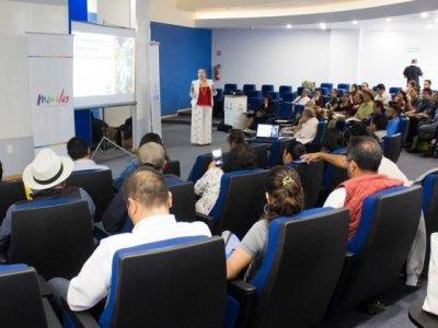 """<a href=""""/noticias/se-fortalece-capacitacion-turistica-especializada-en-morelos"""">Se fortalece capacitación turística especializada en Morelos</a>"""