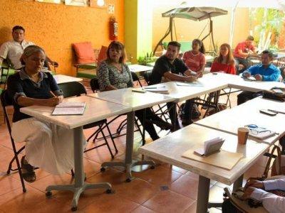 """<a href=""""/noticias/continuan-capacitaciones-prestadores-de-servicios-turisticos-en-morelos"""">Continúan capacitaciones a prestadores de servicios turísticos en Morelos</a>"""