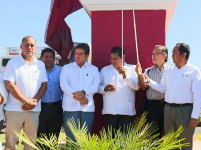 """<a href=""""/noticias/restauran-y-reubican-antigua-escultura-de-emiliano-zapata"""">Restauran y reubican antigua escultura de Emiliano Zapata</a>"""