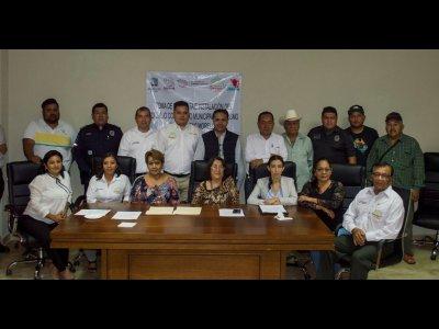 """<a href=""""/noticias/acuerdan-styc-y-amacuzac-alianza-para-trabajar-en-conjunto"""">Acuerdan STyC y Amacuzac alianza para trabajar en conjunto</a>"""