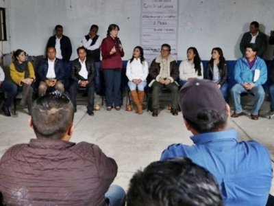 "<a href=""/noticias/asiste-gonzalez-saravia-inicio-de-rehabilitacion-de-casa-de-cultura-en-tetela-del-volcan"">Asiste González Saravia a inicio de rehabilitación de Casa de Cultura en Tetela del Volcán</a>"