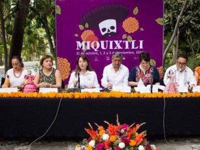 """<a href=""""/noticias/cumple-25-anos-el-festival-miquixtli"""">Cumple 25 años el Festival Miquixtli</a>"""