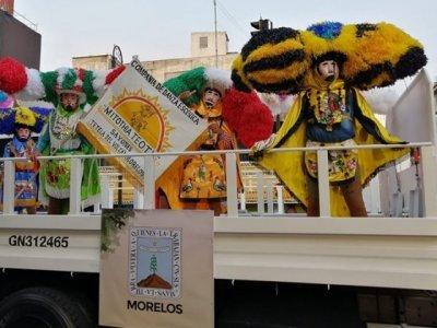 """<a href=""""/noticias/lucen-sayones-morelenses-en-desfile-civico-militar-de-la-ciudad-de-mexico"""">Lucen Sayones morelenses en Desfile Cívico-Militar de la Ciudad de México</a>"""
