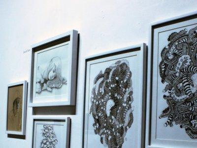 """<a href=""""/noticias/inaugura-cma-exposicion-de-dibujo-previo-la-xv-semana-de-las-artes"""">Inaugura CMA exposición de dibujo previo a la XV Semana de las Artes</a>"""